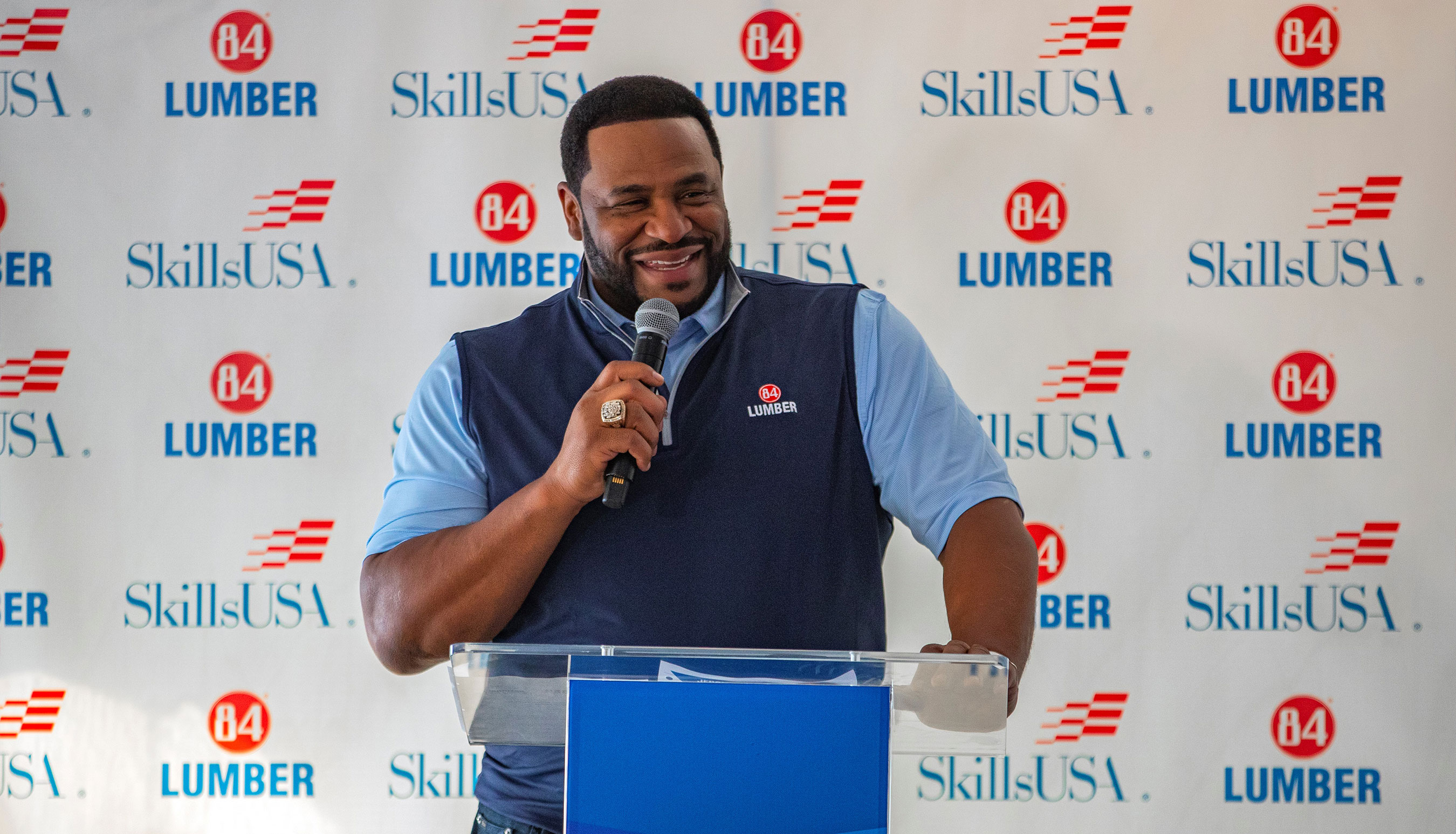 NFL Great Jerome Bettis Helps Recognizes High School Seniors Committing to Skilled Trades during SkillsUSA National Signing Day